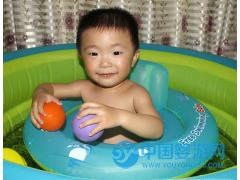 自游宝贝婴儿游泳圈趴