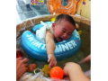 宝宝第一次游泳大哭怎么办