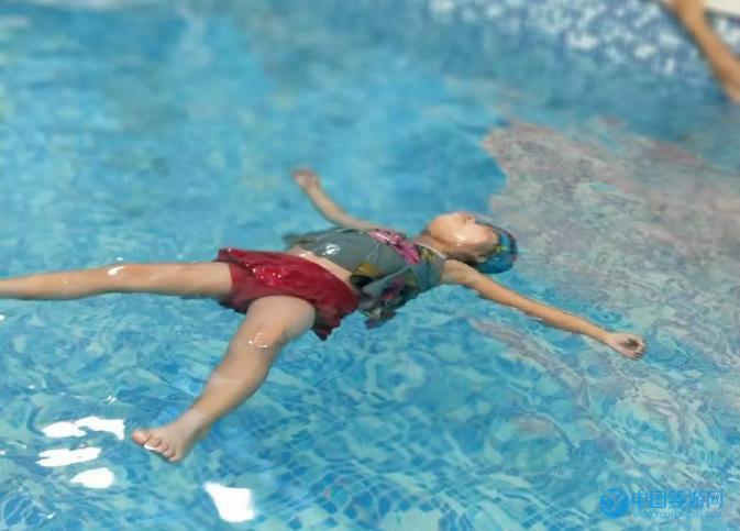 常德卓园水育早教中心专业泳姿训练课程