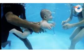 俄罗斯iBSS婴幼儿游泳课课程相当不一样 (668播放)
