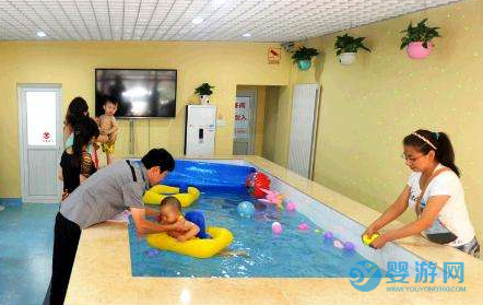 给力!经营婴儿游泳馆如何实现月入10万﹢? 游泳馆提高客流量方法 婴儿游泳馆提高收益 游泳馆怎么赚钱 (2)