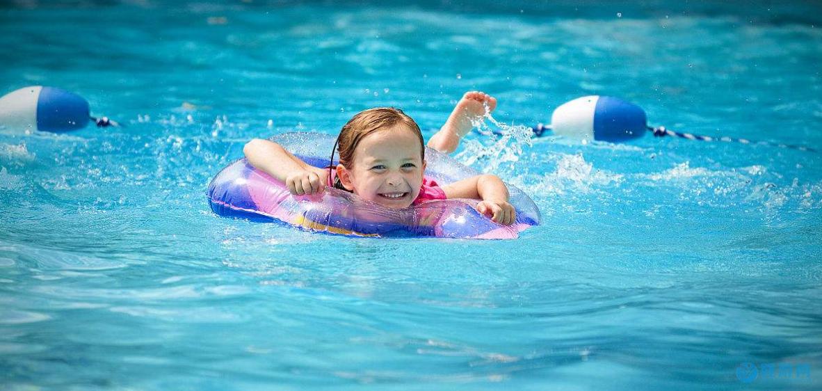 经常坚持婴儿游泳的宝宝,这七点优势会不请自来! 坚持婴儿游泳的好处 婴儿游泳的七大好处 婴儿游泳有哪些好处
