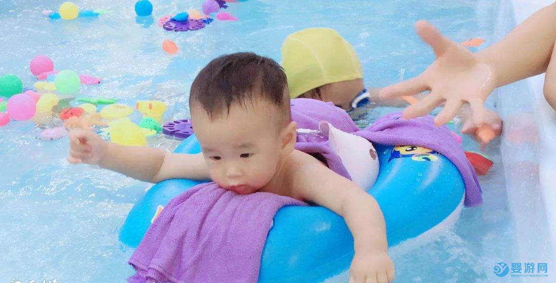 经典问题:如何对婴儿游泳馆双十一活动宣传造势? 有氛围才会有销量!婴儿游泳馆营造双十一活动氛围的三个基本条件 游泳馆双十一推广方案 双十一活动宣传造势 婴儿游泳馆双十一宣传 (1)
