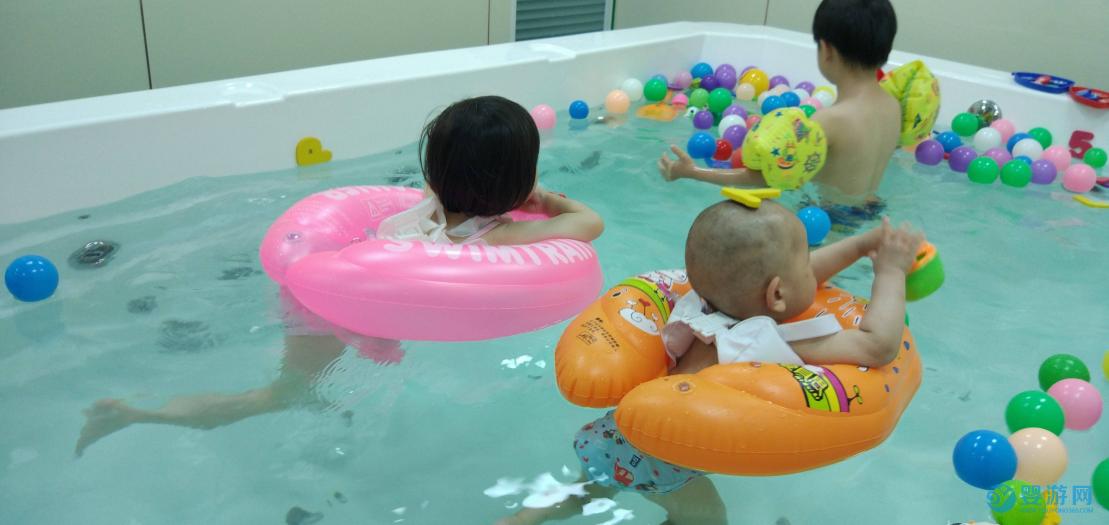 经营者如何做到快速提高店铺收益?建议认真阅读! 婴儿游泳馆提高客流量 婴儿游泳馆提高收益 游泳馆提高收益的办法 (3)