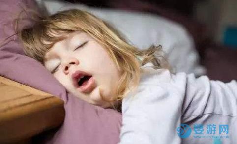 宝宝打呼噜是睡得好吗?专家:千万别大意! 造成宝宝打呼噜的原因 宝宝打呼噜怎么办 引起宝宝打呼噜的原因