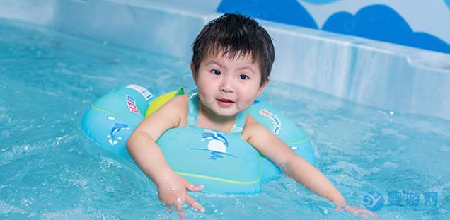 什么样的婴儿游泳馆广告宣传语更能抓住消费者的心? 婴儿游泳馆宣传广告语 婴儿游泳馆宣传语 婴儿游泳馆宣传广告词 (1)