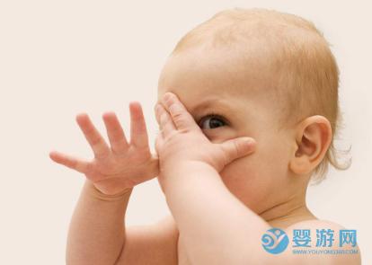 给孩子买衣服是大点儿好还是小点儿好?宽松还是修身? 怎么给宝宝买衣服 给宝宝买衣服大点好吗 如何给孩子买衣服3 (3)