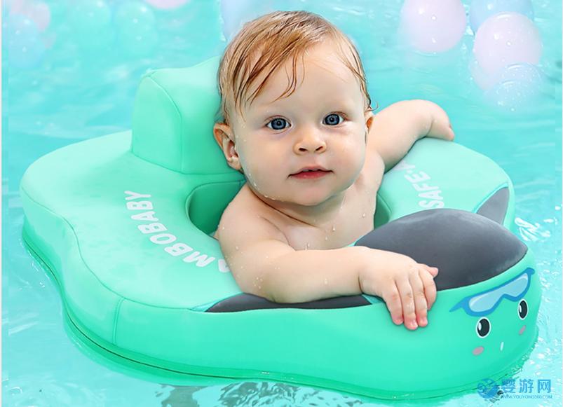 注意!婴儿游泳时泳圈的选择,应该是这样的! 婴儿游泳圈怎么选择 如何选择合适的泳圈 3岁宝宝用什么泳圈2