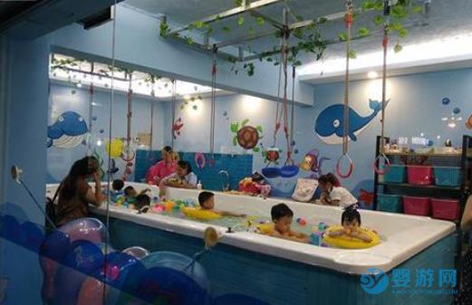 婴幼儿游泳的好处有哪些