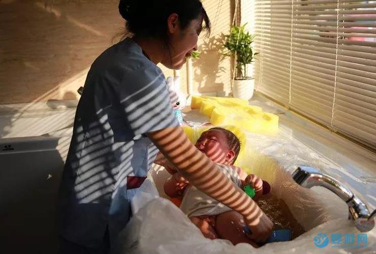 新生儿及婴幼儿泳疗师培训内容